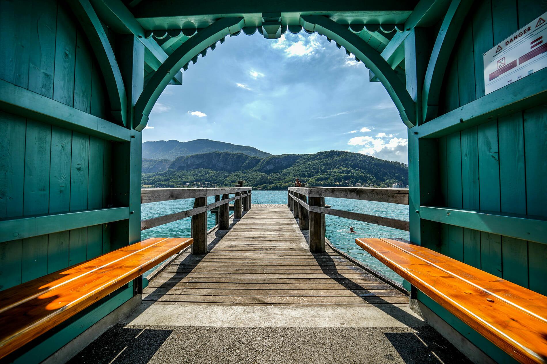 Environnement ponton lac d'Annecy